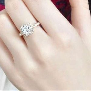 Accessories - Fashion Engagement Ring SZ 7